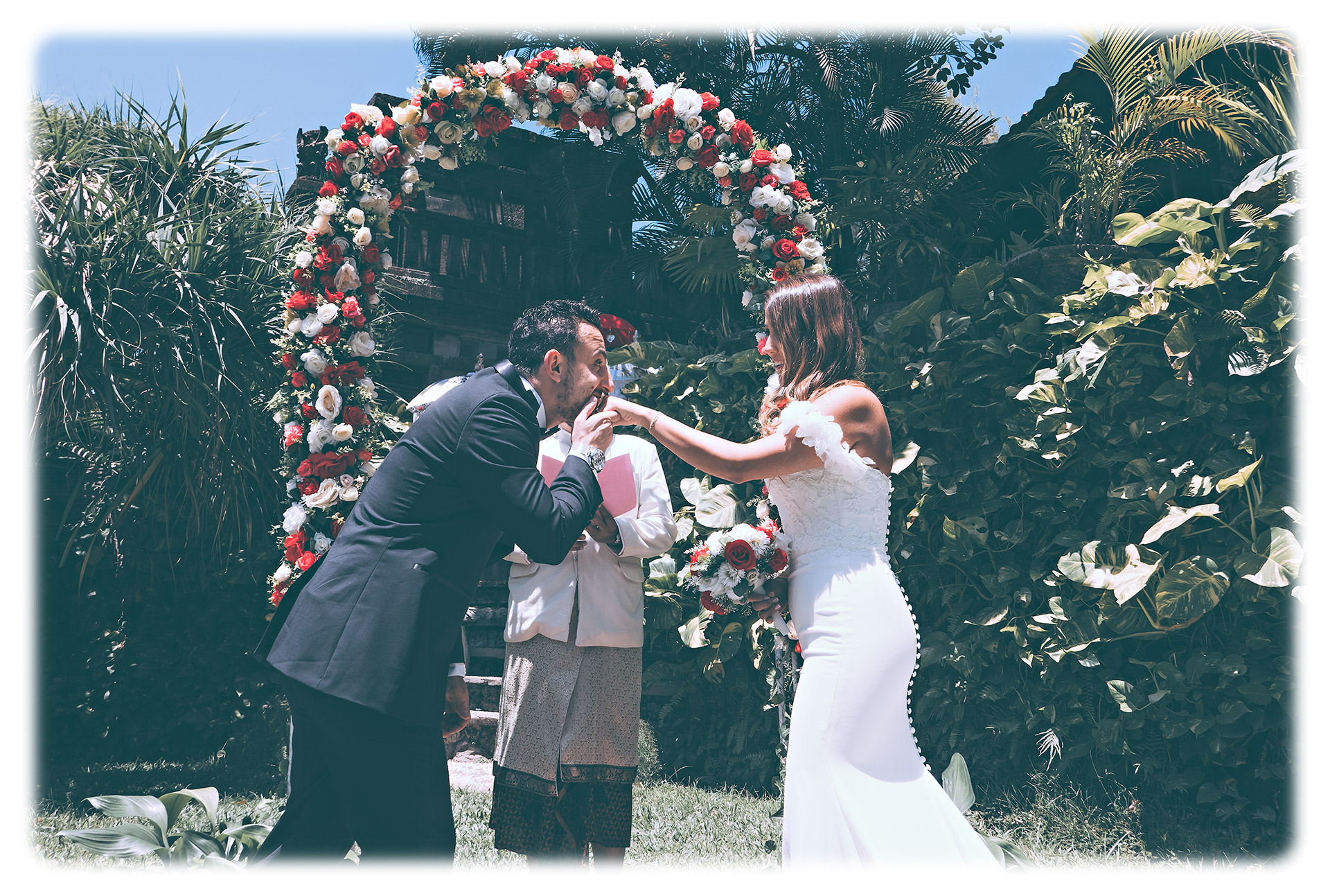 BALI ELOPEMENT HONEYMOON PHOTOGRAPHS